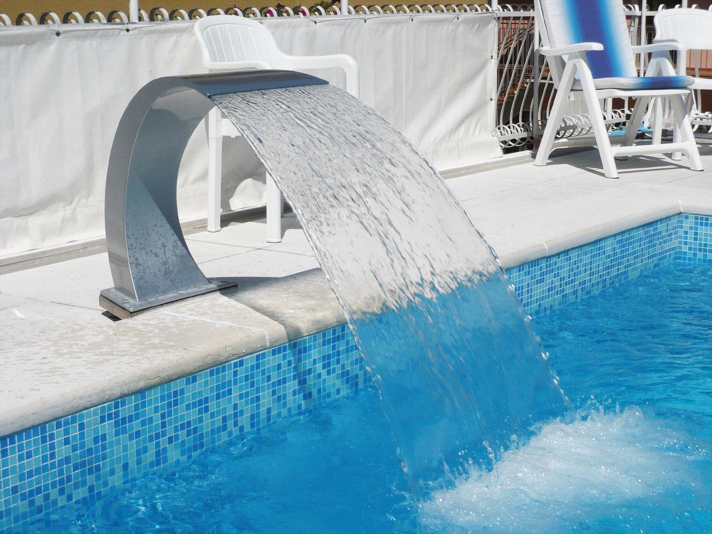 Hotel 3 stelle con piscina jesolo hotel jesulum - Hotel torino con piscina ...